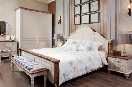 <b>莎利家具</b>卧房四件套 美式休闲、1.8米大床、床头柜两个、斗柜一个