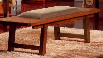 <b>宇皇家具</b>巴梨风韵系列 型号:BL6602   床尾凳